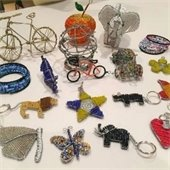 A variety of wire art projects