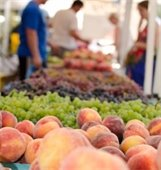 Fresh peaches, grapes and other fruit
